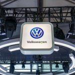 Előzheti a VW a Teslát